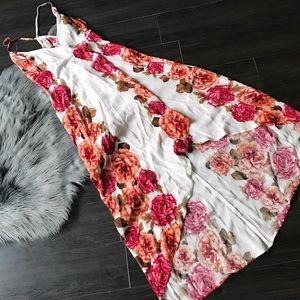 NWT 🌹 FLORAL WRAP DRESS SZ SMALL hi low dress